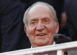 Rey emérito Juan Carlos con su ortodoncia Invisalign