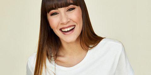La cantante Aitana Ocaña sonriendo