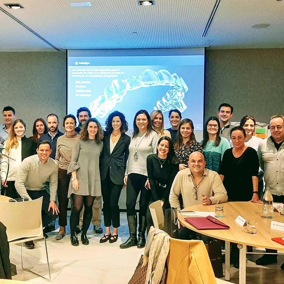 Asistentes Diploma Aligners Academy