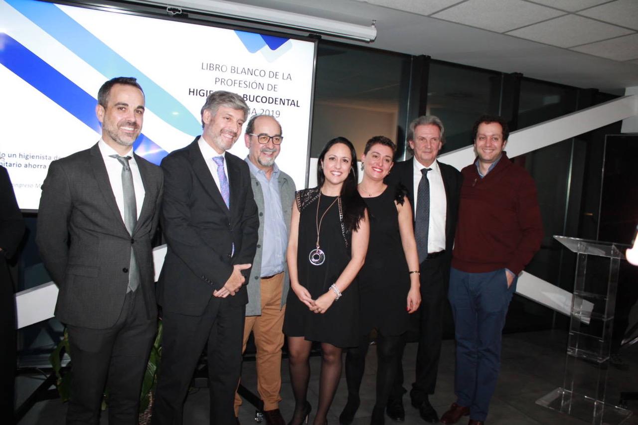 Javier Lozano, entre los expertos españoles colaboradores en el I Libro Blanco de la Higiene bucodental