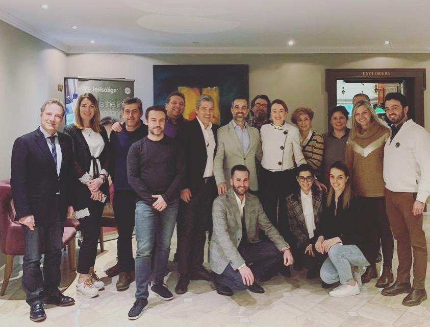 Nuestro director de alineación forma a decenas de ortodoncistas en Atenas