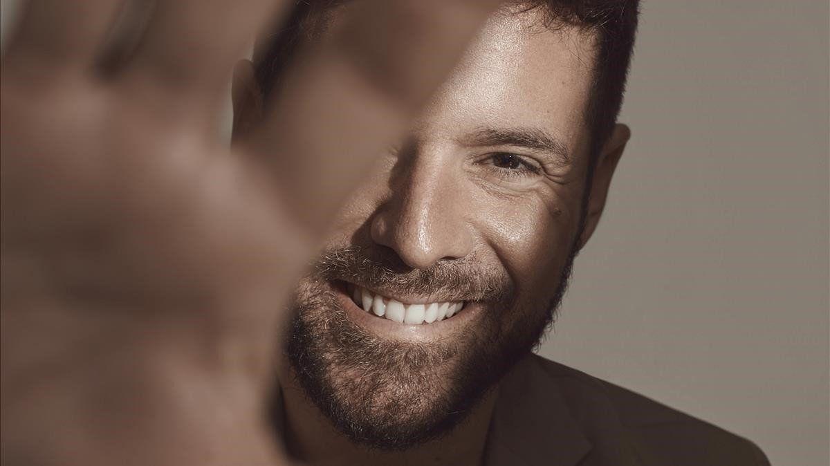 Pablo con sonrisa